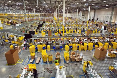 amazon warehouse jobs push workers  physical limit
