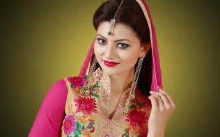 stylish earrings urvashi rautela bridal designer dress beautiful hd wallpaper
