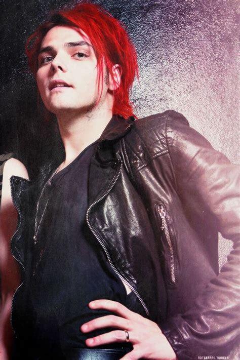 Gerard Way Gerard Wayred Hair Pinterest Romance
