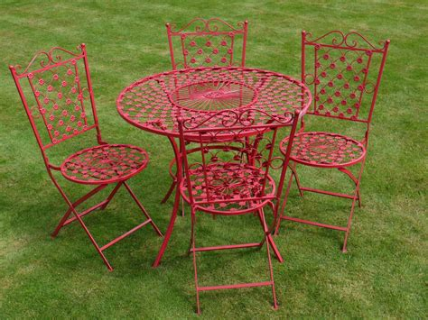 table et chaise b b table ronde avec quatre chaises en fer forgé motif fleur