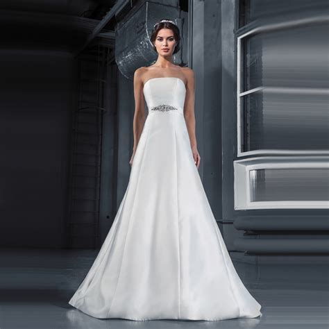 Online Buy Wholesale Plain Wedding Dresses From China. Wedding Dresses Kate Moss Style. Modern Vintage Wedding Dresses Pictures. Halter Wedding Dress Chiffon. Wedding Dresses Mermaid Trumpet Style. Celebrity Wedding Gown Pics. Simple Wedding Dresses Malaysia. Colored Wedding Dresses Short. Pale Gold Wedding Dresses