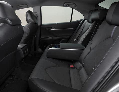 Toyota camry viii (xv70) рестайлинг. Toyota Camry: Mittelklasse-Japaner verfeinert - Magazin