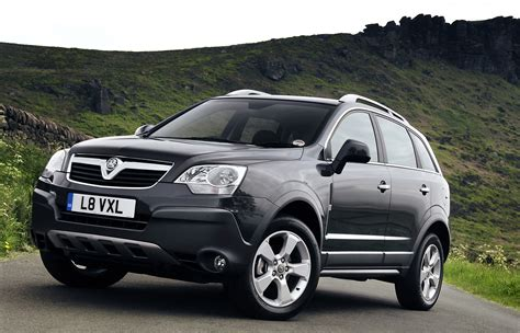 vauxhall colorado vauxhall antara station wagon review 2007 2015 parkers