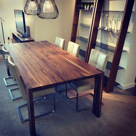 Table Et Chaises En Palettes Recyclées Wood Pixodium Mobilier Québécois Disponible En Bois De Merisier Et De