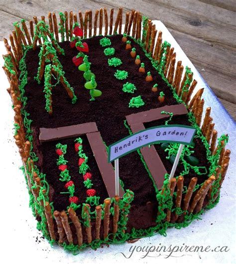 Garden Decoration For Cake by Best 25 Garden Theme Birthday Ideas On