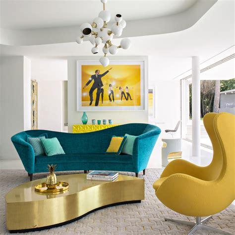 marier les couleurs des meubles  de la petite deco au