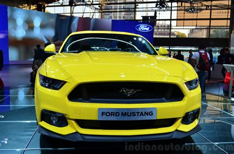 Paris Live  2015 Ford Mustang