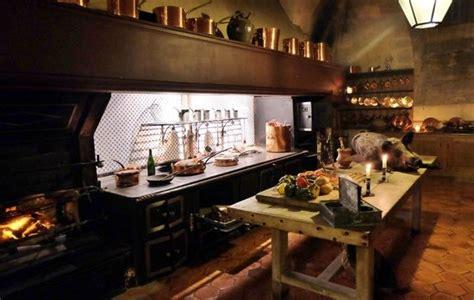 cuisine en sous sol le salon à l 39 italienne photo de château de vaux le