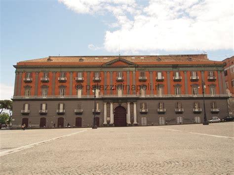 piazza del plebiscito palazzi  napoli