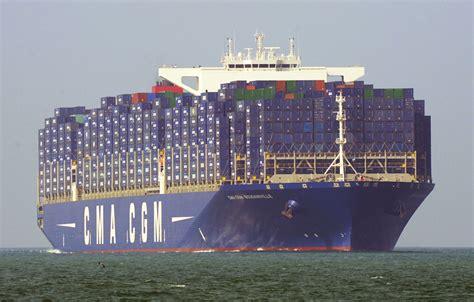 plus grand porte conteneur hollande inaugure le porte conteneurs g 233 ant quot bougainville quot au havre
