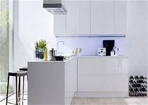 Meuble De Cuisine Blanc Laqué : cuisine blanche 20 id es d co pour s 39 inspirer deco cool ~ Teatrodelosmanantiales.com Idées de Décoration