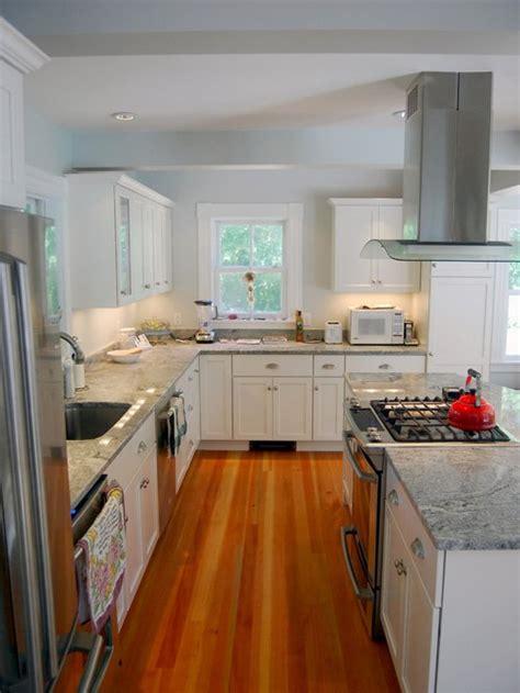 Kitchen Island Vent Ideas by Kitchen Island Stove Houzz