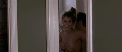 Lindsey Shaw Desnuda En Temps