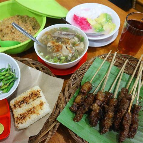 Tinggal kita sajikan dengan sambal tomat, irisan bawang merah, jeruk limau, dan kecap manis. Tak Kalah dengan Taichan, 5 Sate Maranggi di Bogor ini ...