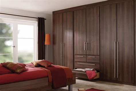 Bedroom Set With Wardrobe Closet by Brown Bedroom Furniture With Accessories