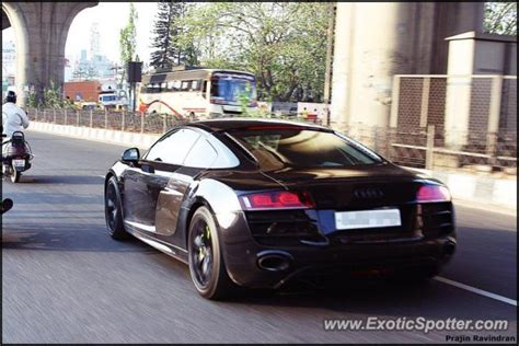 Audi R8 Spotted In Bangalore, India On 07/10/2013