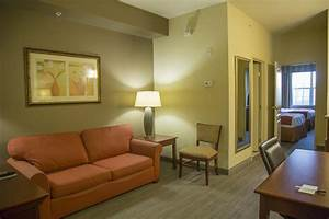 Country Inn & S... Country Inn And Suites