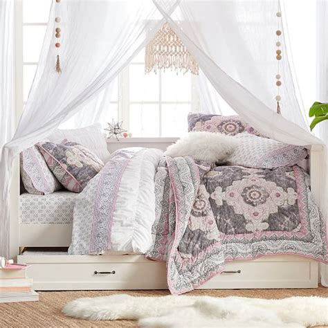 pottery barn teen daybed hton daybed trundle pbteen