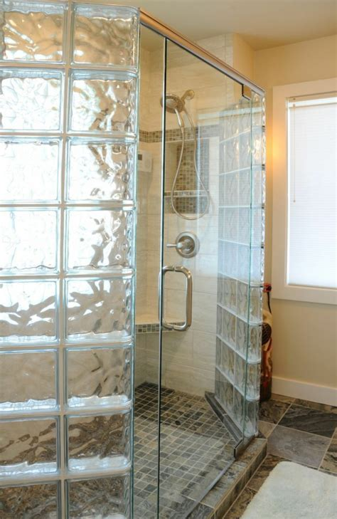 brique de verre cuisine mettons des briques de verre dans la salle de bains