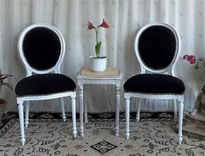 Chaise Medaillon Blanche : les meubles nayar fabricant de chaises m daillon de style louis xvi ~ Teatrodelosmanantiales.com Idées de Décoration