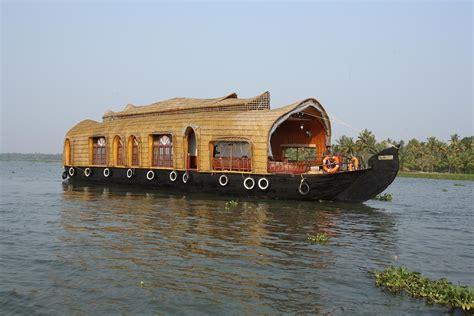 Boat House In Kerala Rent by Kerala Houseboats