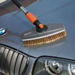 Kit Lavage Voiture : gardena kit de lavage pour voiture 1 brosse 1 manche 1 shampooing brosse manche ~ Dallasstarsshop.com Idées de Décoration