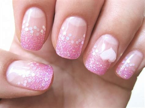 Luxury Nail Art Design : Luxurious Pink And White Nails