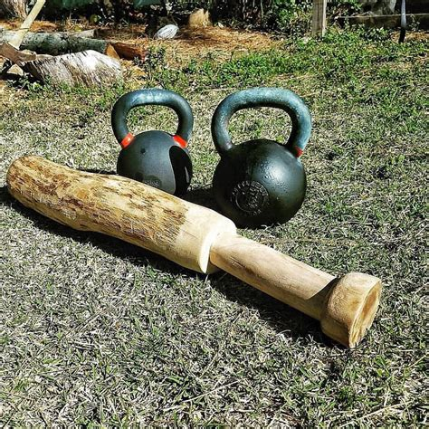 kettlebell exercises abs weight training workout tips advice caloriebee