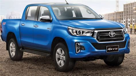 The New 2019 Toyota Hilux Refreshed New Look ☆ Revo