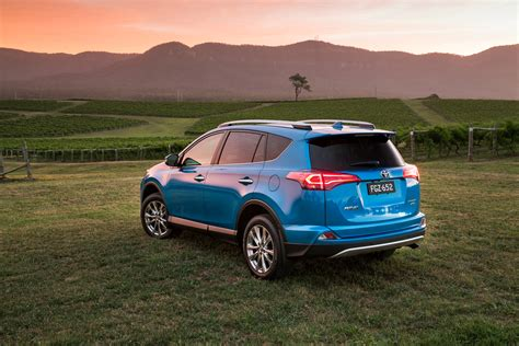 2015 Toyota Rav4 Specs by 2016 Toyota Rav4 Pricing And Specifications Photos