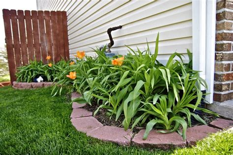 flower beds front house flower beds in front of house front yard garden design dumbfound dos and donts of front ya