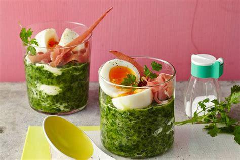 rezepte im glas ei im glas auf schinken und spinat rezept fit for