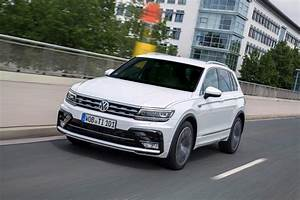 Vw Passat 4motion 240 Ps : vw adds muscle to tiguan lineup with 240 ps diesel 220 ps ~ Kayakingforconservation.com Haus und Dekorationen