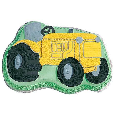 wilton tractor novelty cake pantin