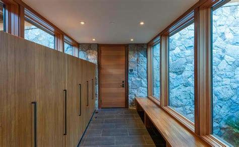 Flur Gestalten Holz by Flur Einrichtungsideen Und Moderne Wandgestaltung