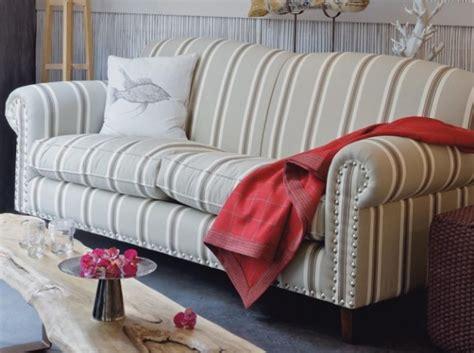 canapé d angle style anglais canapé style anglais salon style anglais chester canap