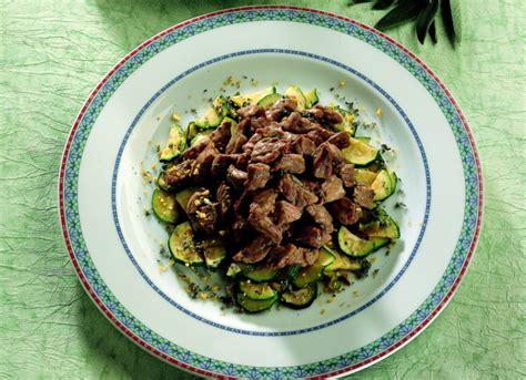 Come Cucinare Lo Scamone Al Pepe Verde by Ricetta Saut 232 Di Scamone Al Pepe Verde La Cucina Italiana