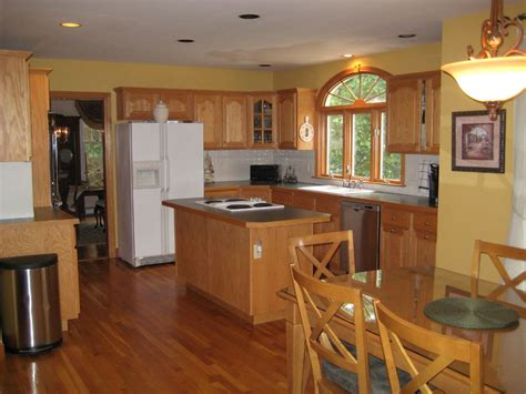 oak cabinets kitchen ideas best kitchen paint colors with oak cabinets my kitchen