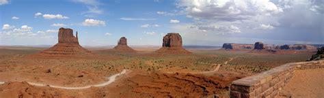 File:Monument valley panoramic.jpg - Wikipedia
