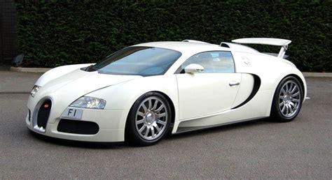 Bugatti Veyron White And by Raimu Awas Kesikot Bugatti Veyron White