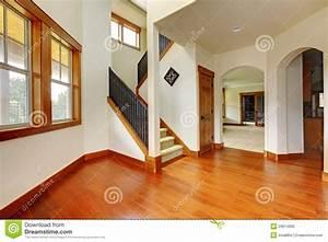 stunning belles entree de maison ideas lalawgroupus With amazing meuble pour entree de maison 0 meuble de rangement pour lentree en 35 idees magnifiques