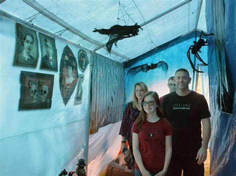 north bellmore family welcomes backyard haunt herald