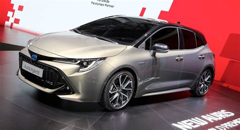 2019 Toyota Auris Says No To Diesels, Debuts New 178hp