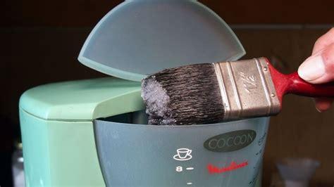 badewanne richtig sauber bekommen kaffeemaschinen problemlos innen reinigen frag mutti
