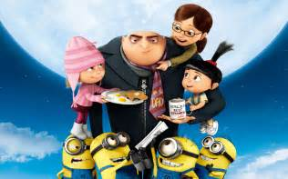 despicable me cake topper great etc family despicable me vs megamind