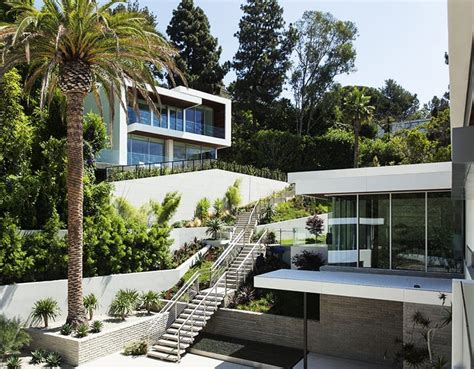 A Step Up In Amazing Architecture La by Amazing Ideas To Plan A Sloped Backyard That You Should