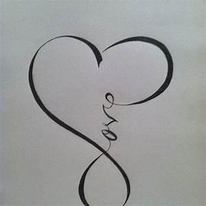 Tatouage Amour éternel : exemple tatouage infini femme coeur et mot love ~ Melissatoandfro.com Idées de Décoration