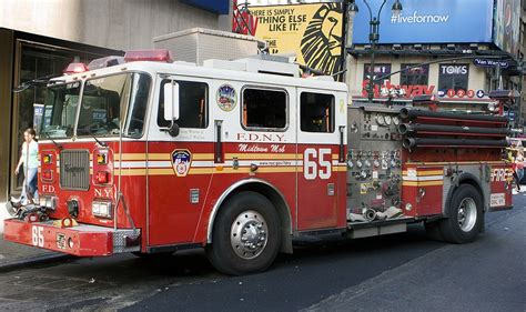 FDNY Engine 65 Times Square   Fdny, American firefighter ...