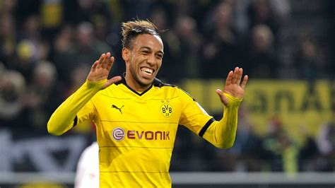 Pierre-Emerick Aubameyang wants Real Madrid transfer ...