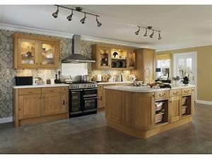 Cuisine équipée Bois : cuisine bois cuisine centrale cbel cuisines ~ Premium-room.com Idées de Décoration